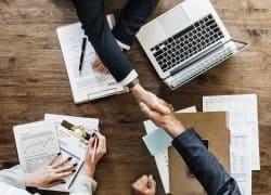 איך צריך לנהל עסקים