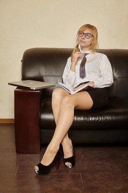 יועץ עסקי בכיר